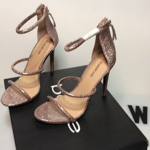 NWT BEBE pink glitter strappy heels size 7